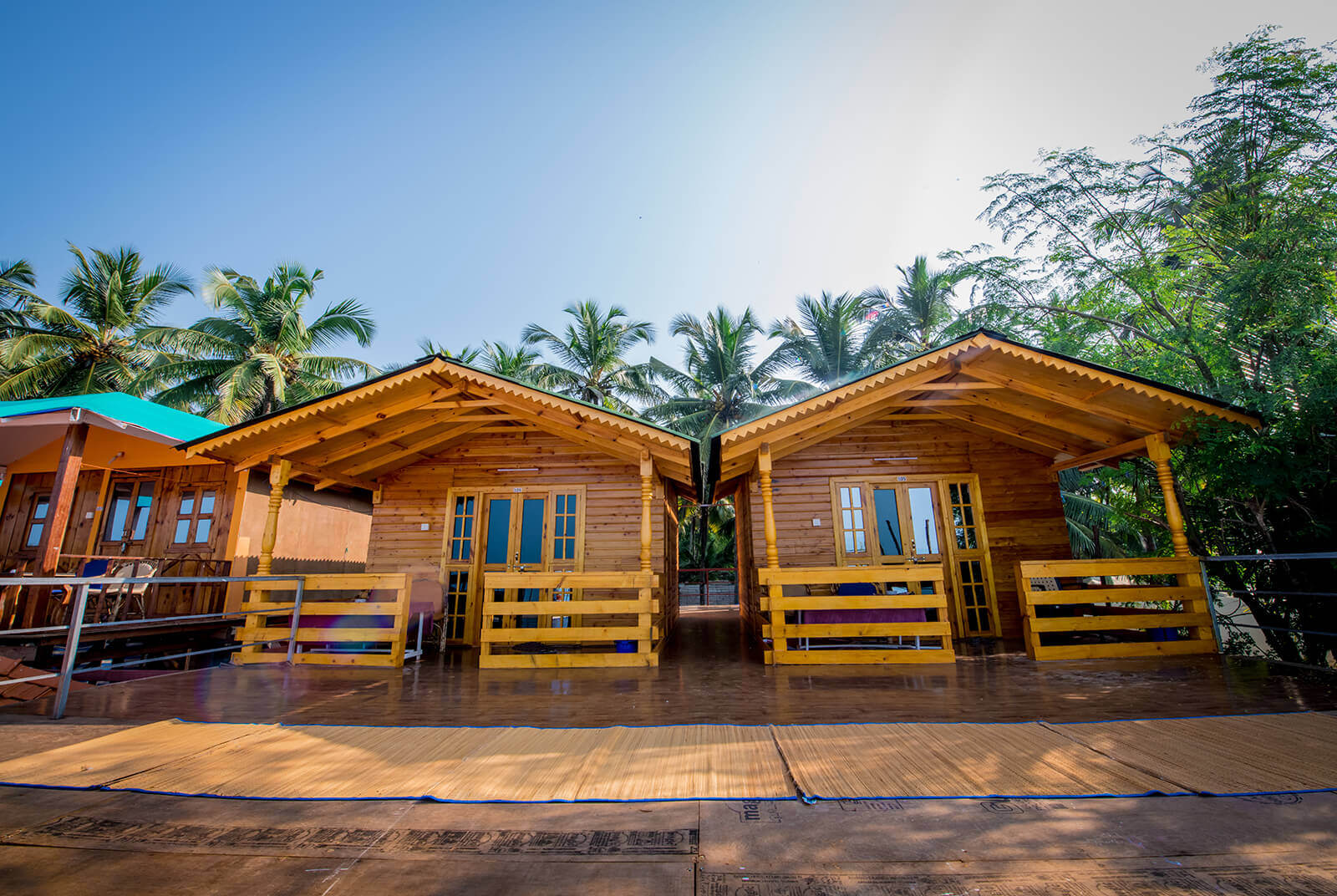 om sai beach huts agonda beach goa best beach cottages in goa